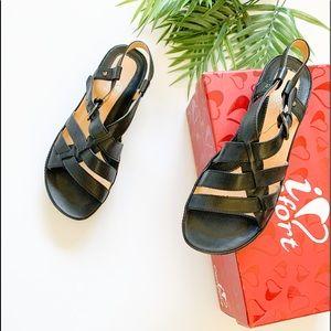 I ❤️ Comfort Wish Sandals